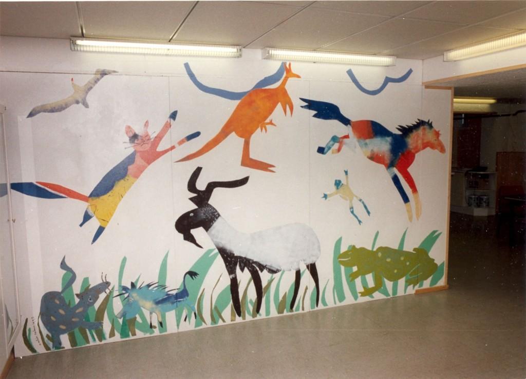 muurschildering Dierenkliniek, Finland, 1993 (acryl)